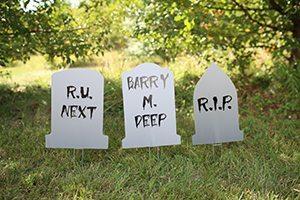 tombstone halloween decorations